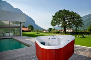 Corner Hot Tub Riviera at SpaSaunaDirect.com